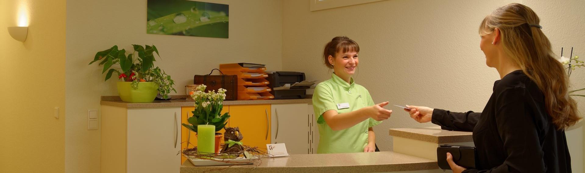 Willkommen in der Zahnarztpraxis Dr. Melanie Kleyer in Wildau
