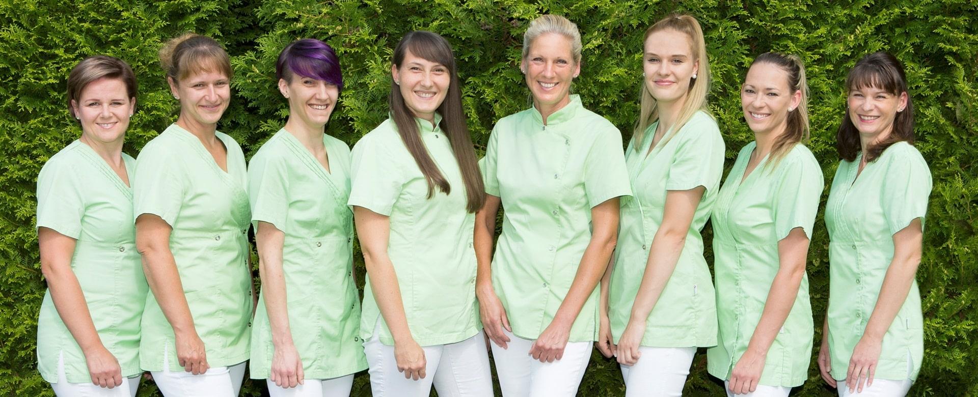 Das Team der Zahnarztpraxis Dr. Melanie Kleyer in Wildau